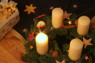 """""""Advent"""" image by Noema Perez. Licensed under Creative Commons """"Attribution 2.0"""" http://www.flickr.com/photos/intercultura/"""
