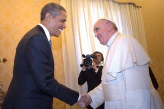 President Obama shakes hands with Pope Francis at the Vatican. (CNS photo/Stefano Spaziani, pool)