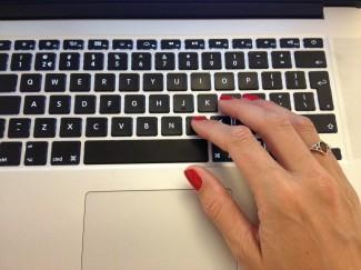 typing-296047_1920