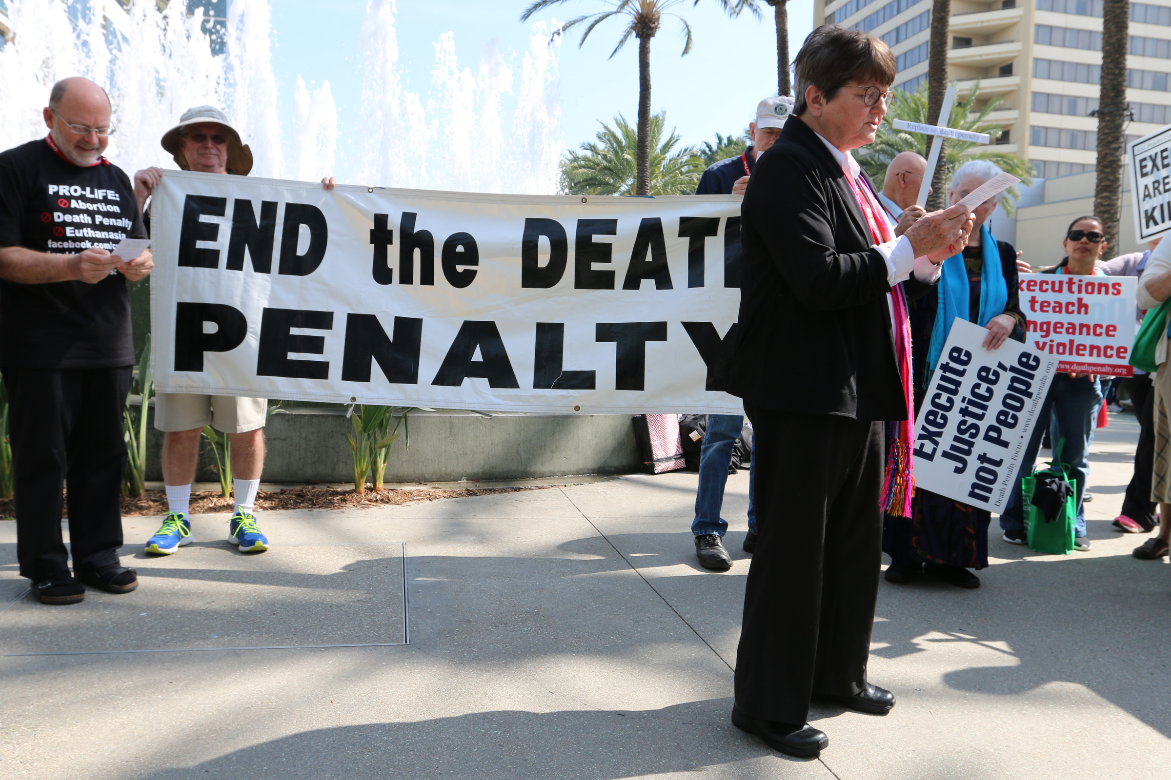 the death penalty in california The death penalty status in california is: active executions since 1976: 13 innocent people freed from death row death penalty focus email: information@deathpenaltyorg, phone: 415-243-0143 address: 5 third street suite 725, san francisco, ca 94103.