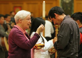 red to Latino immigrants on Long Island's E(CNS photo/Gregory A. Shemitz)
